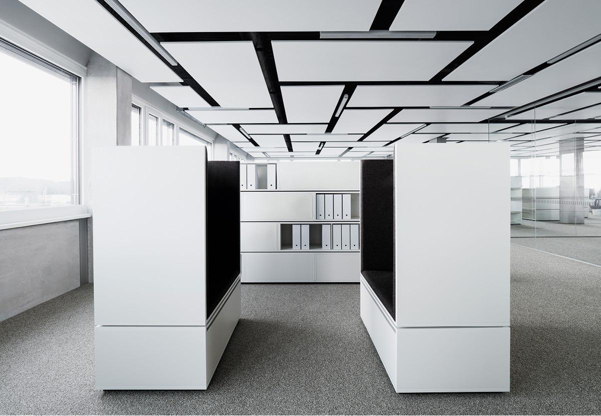 croma pharma referenzprojekt silent cloud aufbewahrung couch besprechung blaha buero office slider 6
