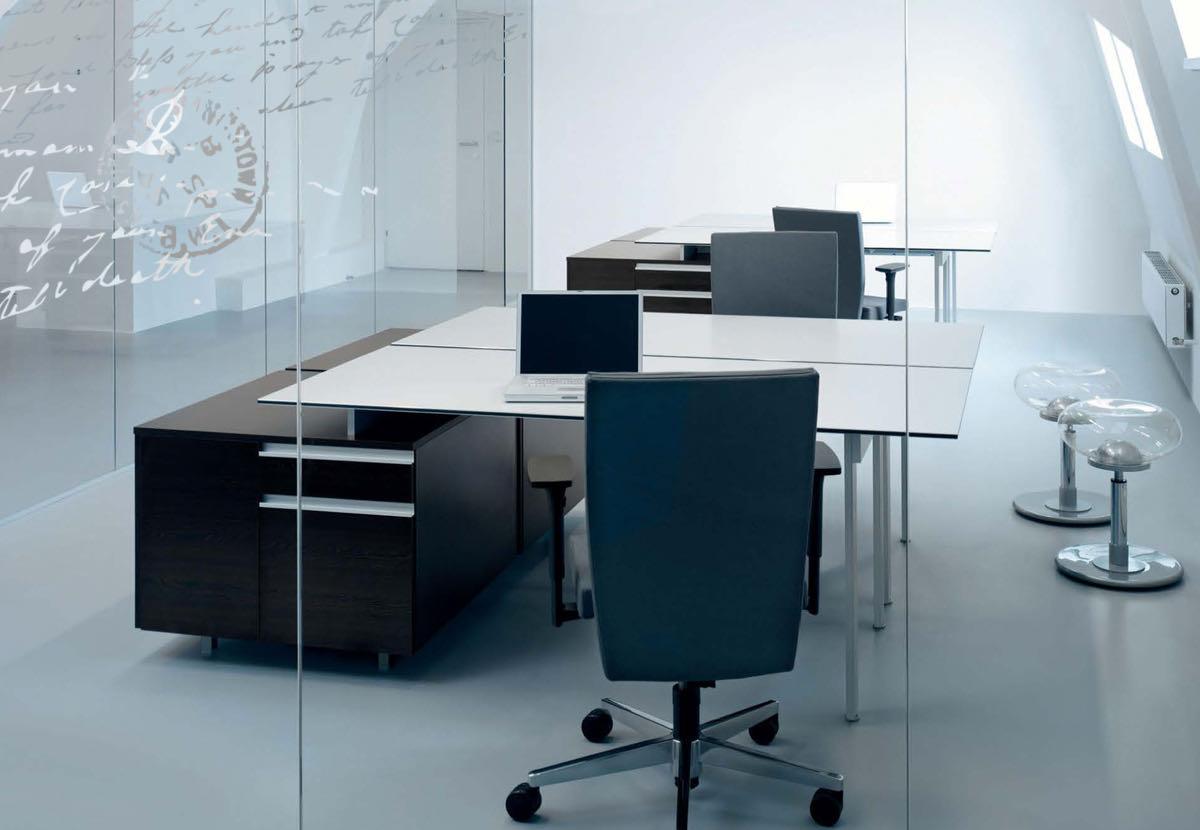loftline blaha buero office meeting aktenschrank schreibtisch